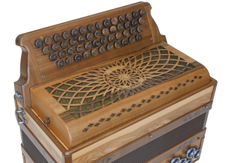 Steirische-Harmonika-AR-50-18-DH-Satin-Nuss-3
