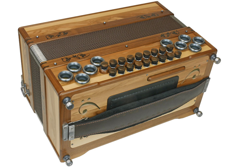 Steirische-Harmonika-AR-50-18-DH-Satin-Nuss-5