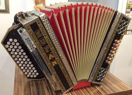 Zupan Alpe 4d Gcfb Schwarz Alpengold Harmonika